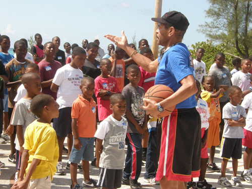 EGB_Bball_Clinic_Wali_and_Kids_1.jpg