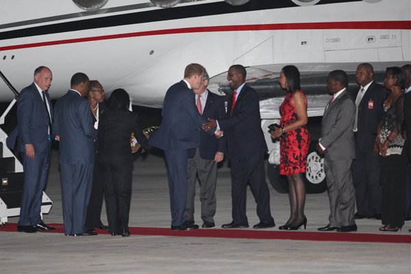 Greeting_Minister_of_National_Security.jpg