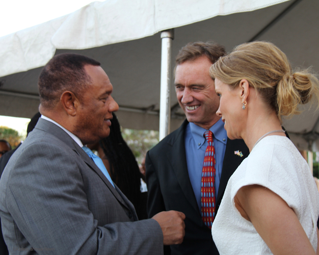 9-PM-Christie-share-light-moment-with-RFK-Jr-and-Cheryl-Hines-Jan-19-2013-Photo-by-Azaleta.jpg