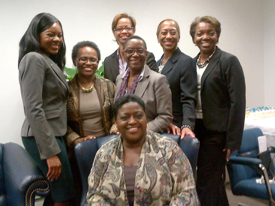 Min_Griffin_and_Bahamas_Mission_Women.jpg
