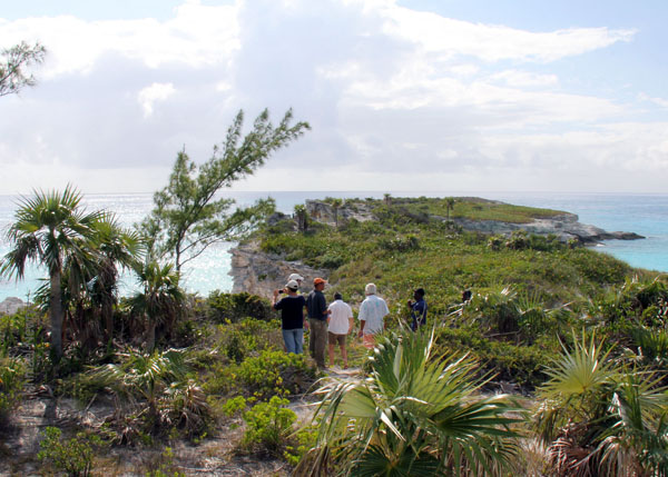 2_Group_touring_at_the_top_of_LHP_Eleuthera_by_Azaleta.jpg