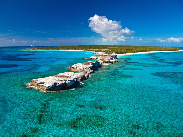 5_Lighthouse_Point_Eleuthera_from_the_tip.jpg