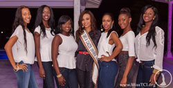 sm-Miss-TCI-2013-and-The-Sassy-Six-at-the-Denim-and-Diamonds-Party.jpg