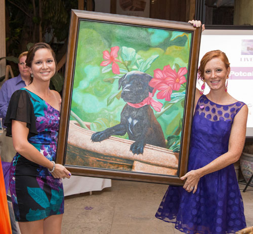 Havana---Laura-Kimble-and-Sarah-Kennedy-from-Baark-with-a-Potcake-Puppy-Portrait.jpg