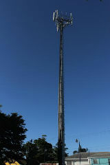 Cell_Tower_at_Quarry_Mission_Road_sm.jpg