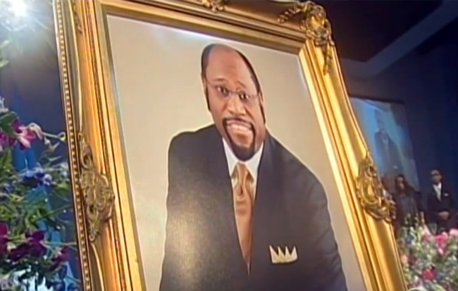 dr myles munroe and pastor ruth laid to rest