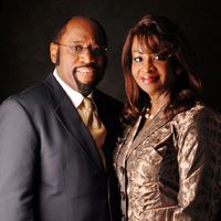 Pastor-Myles-and-Ruth-Munroe.jpg