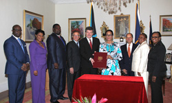 S-ILO---Governor-General_s-Signing---2.jpg