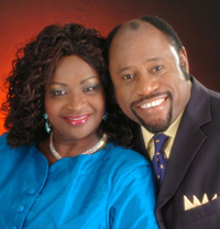 S-Myles-_-Ruth-Munroe-Photo.jpg