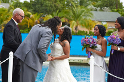 S-courtney-wedding-kiss.jpg