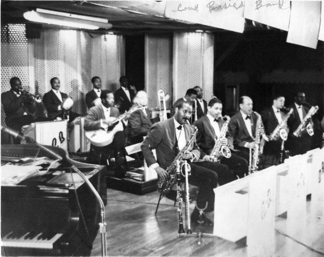 Count-basie-band.jpg