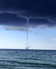 Sm-waterspout.jpg