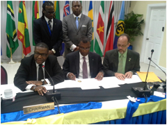 scaled.SIGNING-THE-AIR-PASSENGER_SERVICES-AGREEMENTs.png