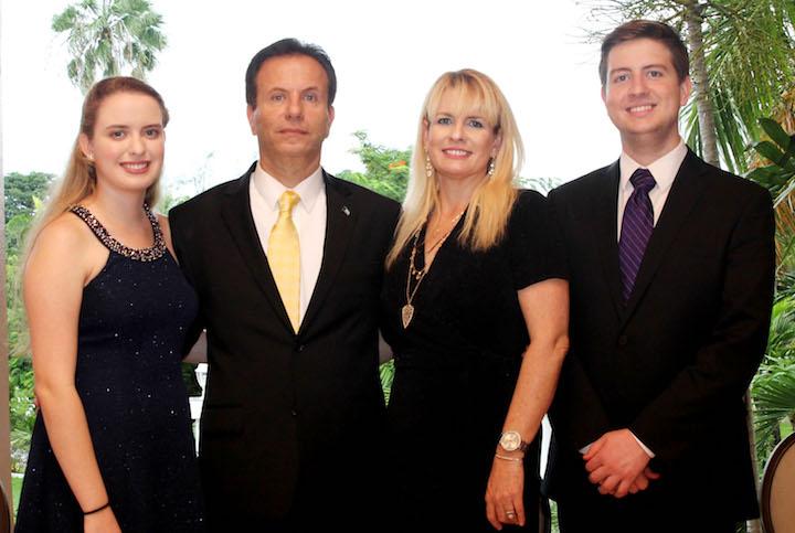 Ambassador_Tony_Joudi_and_family_at_Bahamas_Governement_House_120916_photo_by_Azaleta.jpg