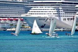 BahamasJunkanooCarnival3.jpg