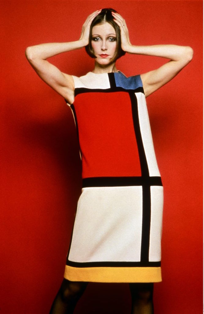 Cocktail-dress-worn-by-Susan-Moncur_homage-to-Piet-Mondrian_FW-65-BW.jpg