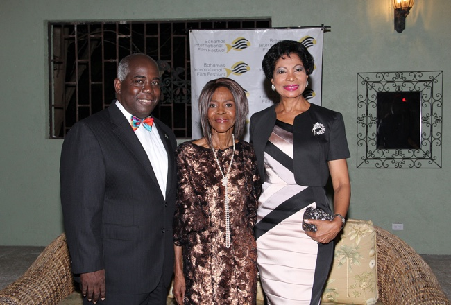 DPM_Davis_and_Mrs._Davis_with_Cicely_Tyson.jpg