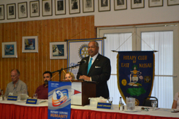 President_Smith_addresses_Rotary_1-small.jpg
