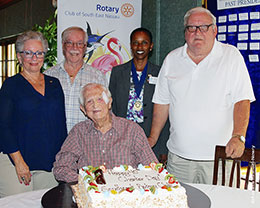 Sir-Durward-celebrates-RCSEN-40-th-charter-anniversary-photo-azaleta-sm.jpg