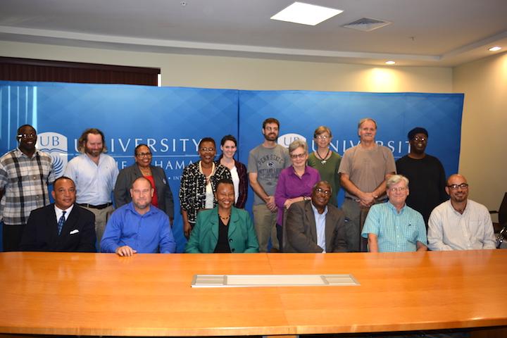 archaelogy-team-bahamas.jpg