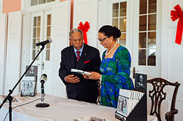 sm-Sir-Orville-Turnquest-presents-a-copy-of-his-book-to-Her-Excellency-Dame-Marguerite-Pindling_-GG-rz.jpg