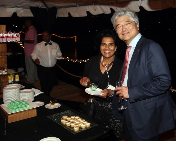 9_Warwick_President_Richard_Chiu_and_PR_consultant_Azaleta_of_The_Bahamas_Weekly_.jpg
