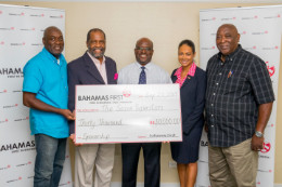 Bahamas_First_Sponsors_Junkanoo_Group_1__1_.jpg