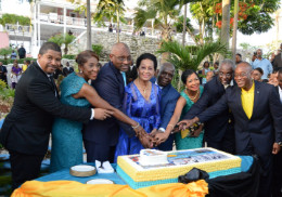 Independence_Celebration_Cake_Cutting_-_Government_House_2017sm.jpg