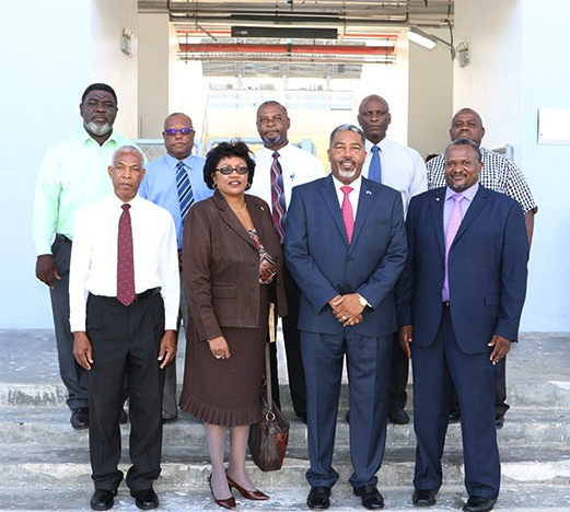 Minister_Campbell_with_Road_Traffic_Officials.jpg