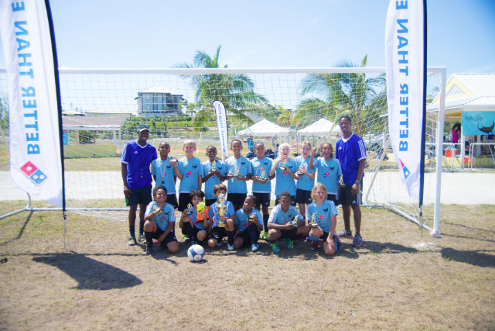 Photo_2-_Domino_s_Sponsored_Manta_Rays_take_the_win_in_under_10_finals_at_inaugural_tournament__.jpg