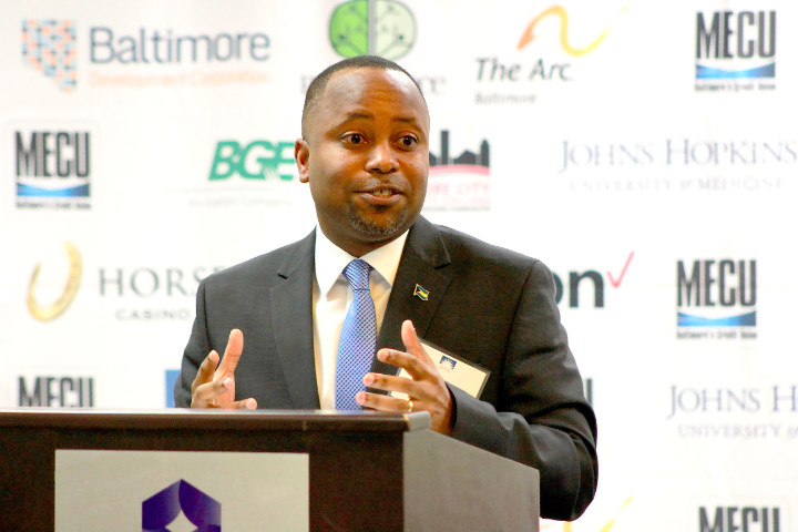 Photo_8_-_Minister_of_State_Thompson_at_Baltimore_Chamber.jpg
