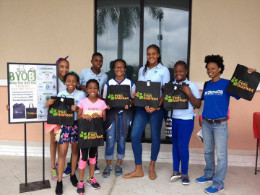 Photo_Caption_2-_Volunteers_in_April_2016_distributing_eco-friendly_shopping_bags_at_previous_AML_BYOB_event_1_.jpg