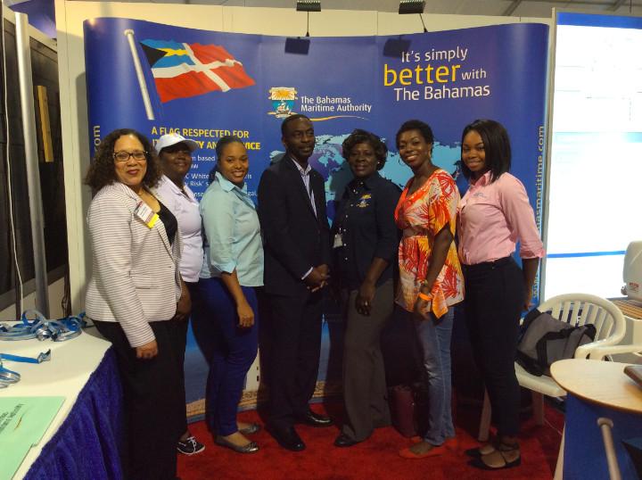photo_bahamas_maritime_auth_at_FLIBS_with_MOTA_execs.jpg