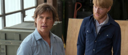 tom-cruise-and-domhnall-gleeson-in-american-made-2017-large-picture-1200x520_1__1_.jpg
