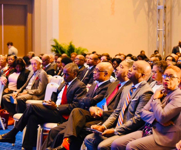 2019_Bahamas_Business_Outlook__3_.jpg