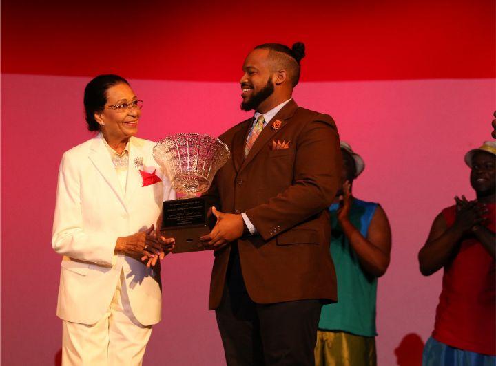 Award_to_Alfred_Culmer.jpg