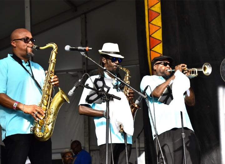 Bahamas_Revue_Band.jpg