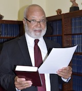 Chief_Justice_Swearing_in_of__Ernie_Wallace_April_12__2019__Photo_by_Derek_Smith___326639_2.jpg