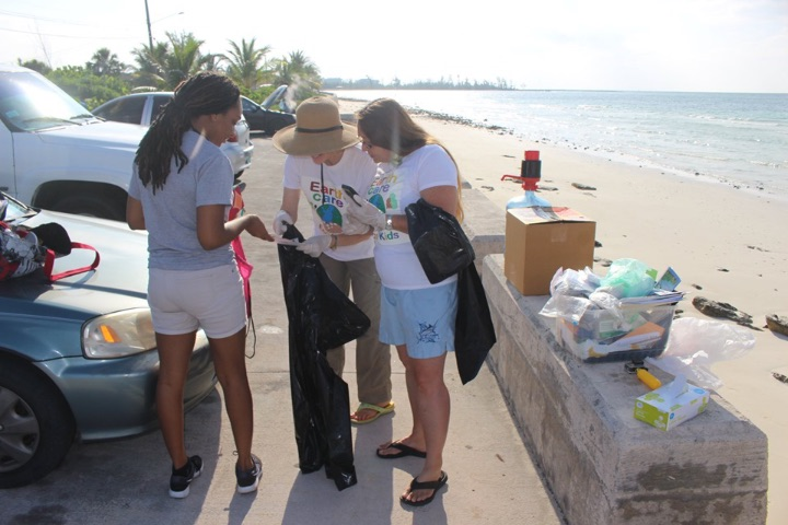 EARTHCARE_Volunteers__Sade_Pinder______________and_Jill_Cooper_preparing_for_the_Cleanup_in_honour_of_World_____Oceans__________Day.jpg