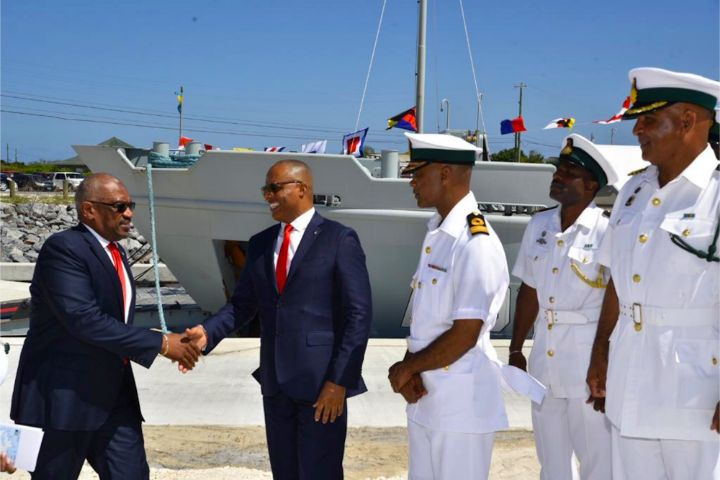Inagua_Radar_-_PM_and_National_Security_Officials__IMG-20190417-WA0065.jpg