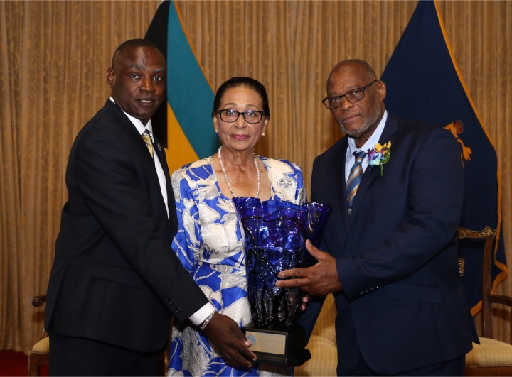 Kiwanis_Award_to_District_Governor_Melford_Clarke_-_Government_House.jpg