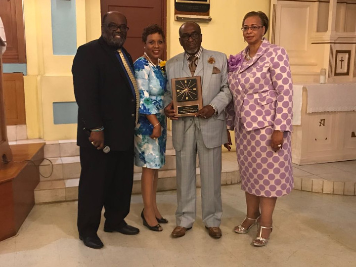 Mayor_Eric__Jones_honored_at_Ecumenical_Servce_2018WhatsApp_Image_2018-07-15_at_5.44.40_PM.jpg