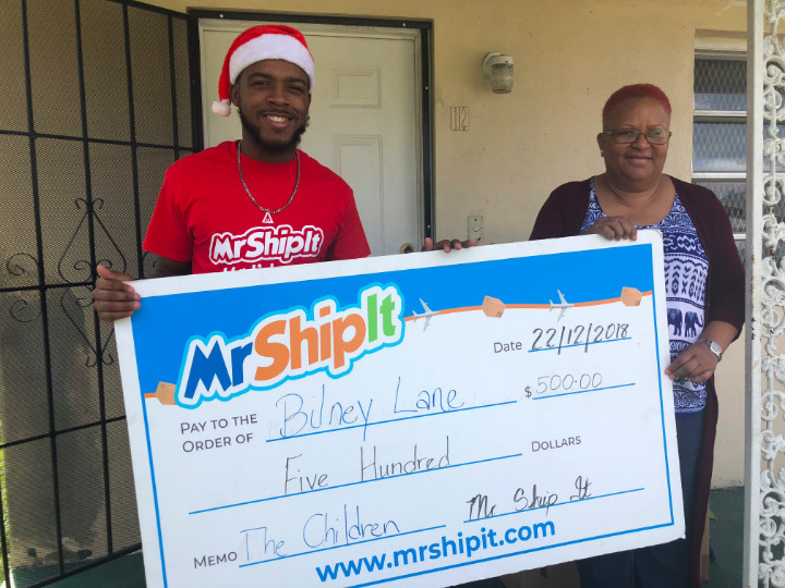 Mr_Ship_It_Customer_Service_Representative_presenting__500_donation_to_the_Bilney_Lane_.jpg