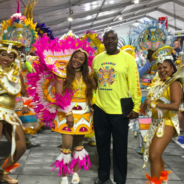 Photo_chris_j_with_colors_junkanoo_at_FLIBS.jpg
