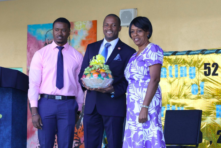 Sen._Jamal_Moss_with_CV_Bethel_Principal_and_Social_Studies_Teacher.jpg