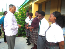 Social_Services_Minister_Visits_Southern_Islands_1.jpg