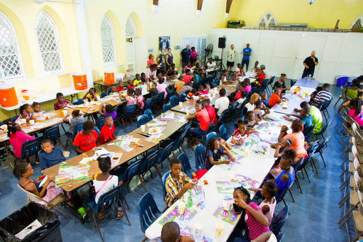 St._Andrew_s_Kirk_hosts_their_annual_Children_s_Christmas_Party_2.jpg