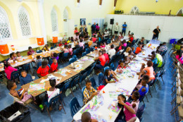 St._Andrew_s_Kirk_hosts_their_annual_Children_s_Christmas_Party_2_1_.jpg