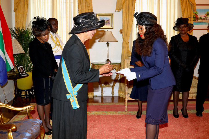 The_Governor_General__left__receives_Letters_of_Credence_from_H.E._Lumka_Yengeni.jpg