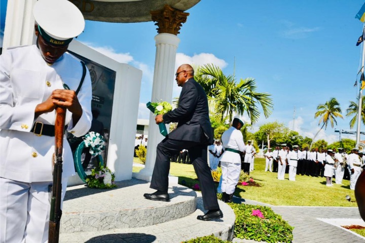 Wreath_Laying_at_RBDF_Base__Coral_Harbour.jpg